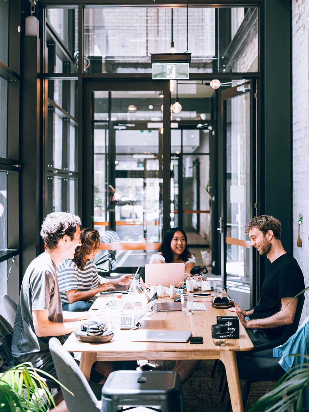 Büro_Zukunft_Menschen_Beisammensein
