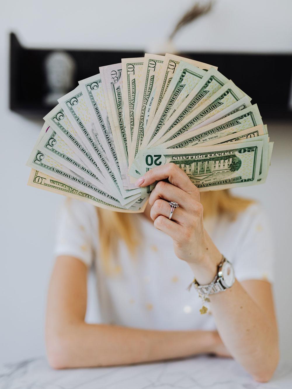 Geld_in_Hand