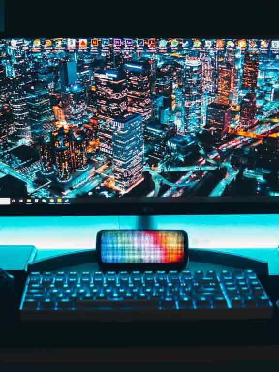 Gaming_Monitor_bunt