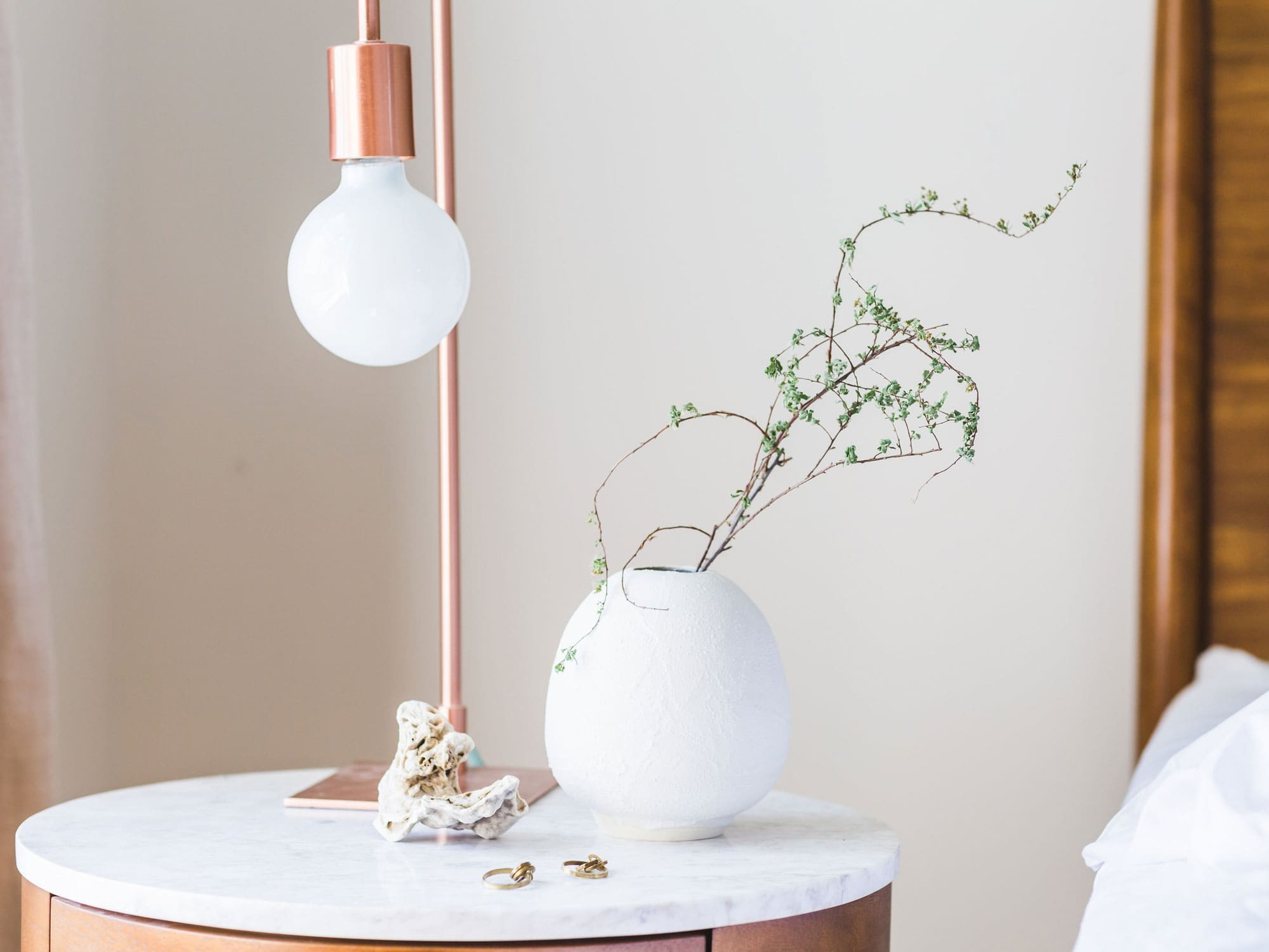 Luxuriöses_Design_exklusive_Farben_Materialien_Lampe