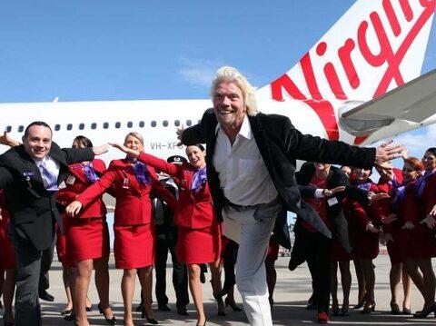 Virgin_Group_Foto_Crew_und_Chef_vor_Flugzeug
