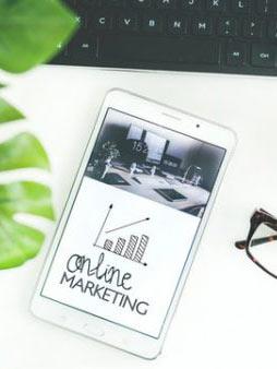 online_marketing_auf_tablet