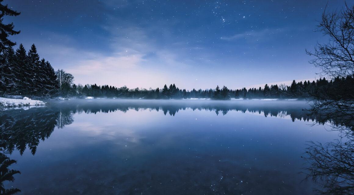 komar_tapete_glistening_stars_blau_vlies