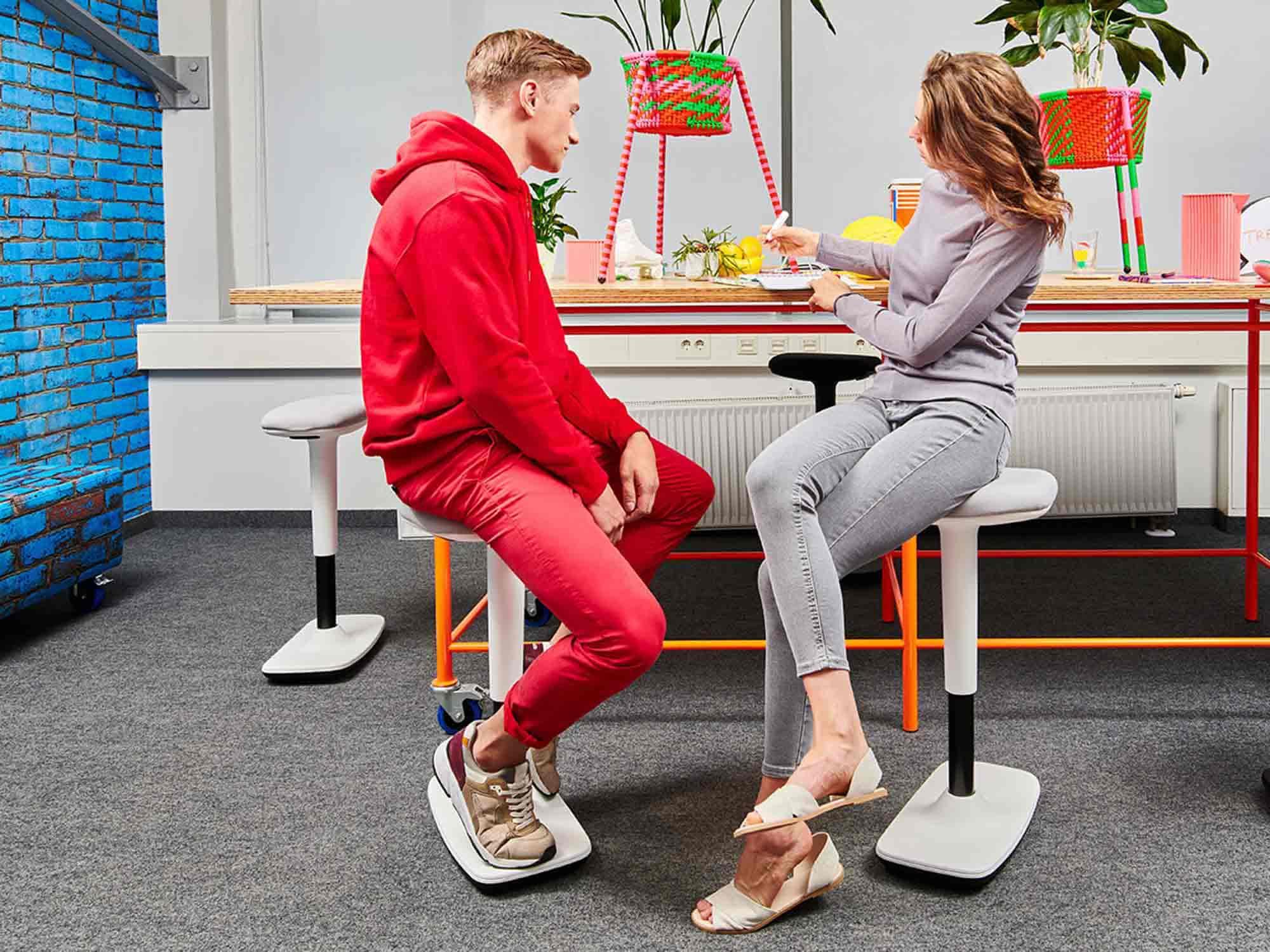 Trend_Office_Bueroeinrichtung_Hocker